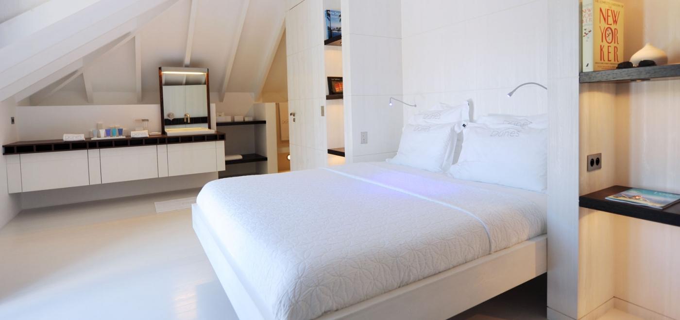 villa details: villa dunes 3 bedroom spec   private villa rentals
